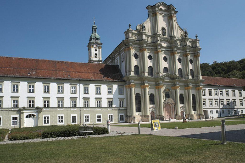 Klostenkriche Fürstenfeldbruck, gebaut nach Plänen von Giovanni Antonio Viscardi